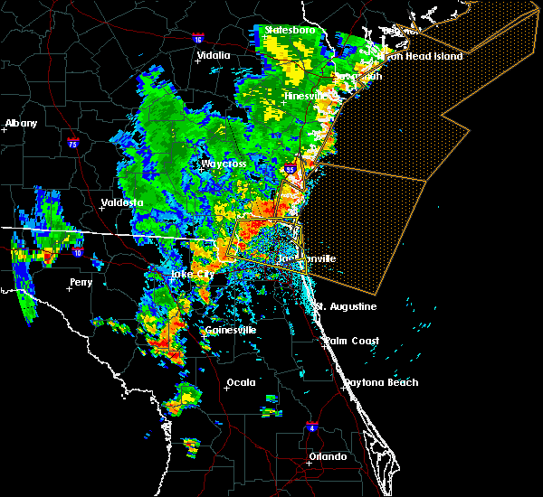 Radar Image for Severe Thunderstorms near Callahan, FL at 8/23/2015 5:32 PM EDT