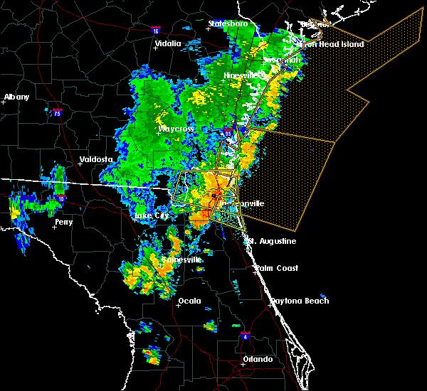 Radar Image for Severe Thunderstorms near Jacksonville, FL at 8/23/2015 6:08 PM EDT