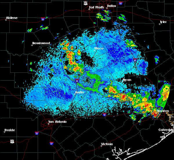 Radar Image for Severe Thunderstorms near Brenham, TX at 8/25/2015 1:42 PM CDT