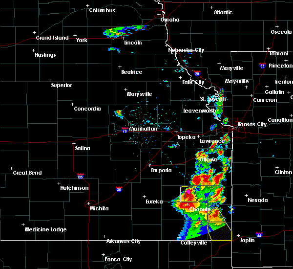 Radar Image for Severe Thunderstorms near Gas, KS at 8/27/2015 6:38 AM CDT