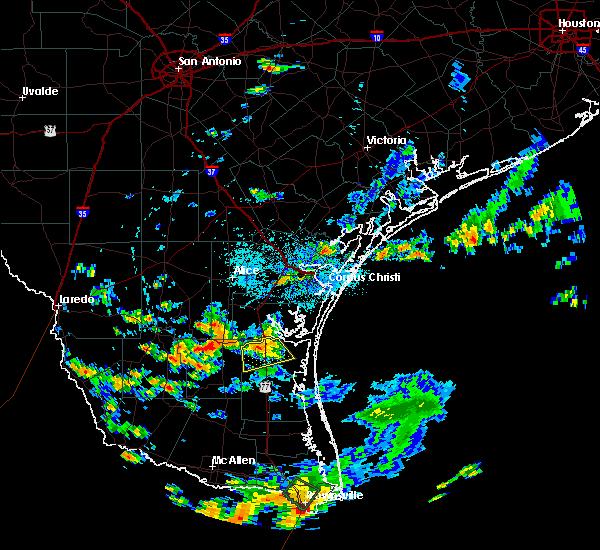 Radar Image for Severe Thunderstorms near Sarita, TX at 8/31/2015 3:53 PM CDT