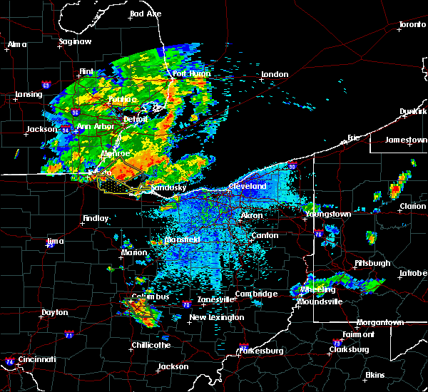 Radar Image for Severe Thunderstorms near Port Clinton, OH at 9/3/2015 8:33 PM EDT