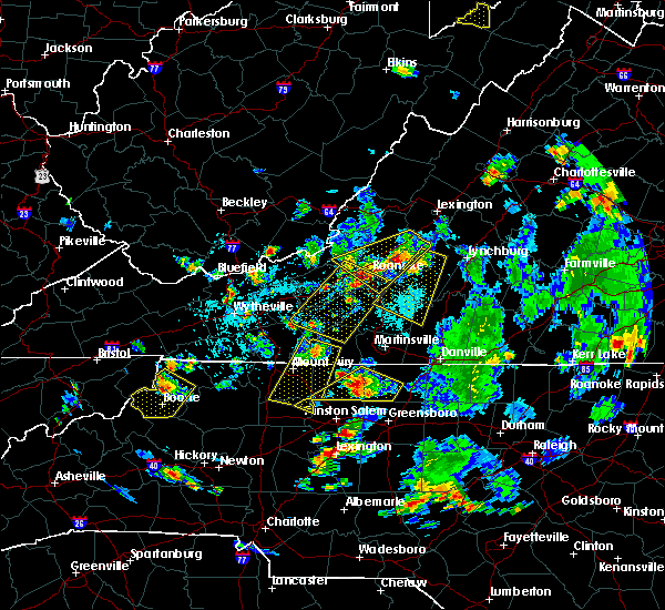 Radar Image for Severe Thunderstorms near Daleville, VA at 9/4/2015 5:14 PM EDT
