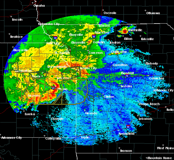 Radar Image for Severe Thunderstorms near Adrian, MO at 9/10/2015 9:54 PM CDT