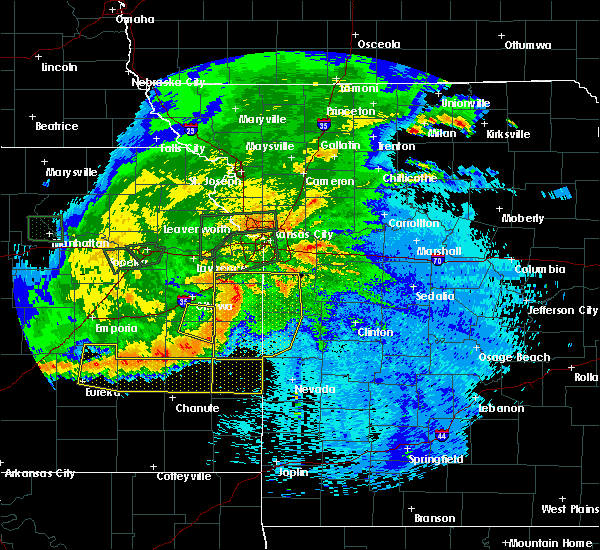 Radar Image for Severe Thunderstorms near Richmond, KS at 9/10/2015 10:23 PM CDT