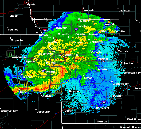 Radar Image for Severe Thunderstorms near Adrian, MO at 9/10/2015 10:50 PM CDT