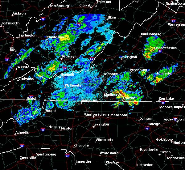 Radar Image for Severe Thunderstorms near Blairs, VA at 9/12/2015 4:02 AM EDT