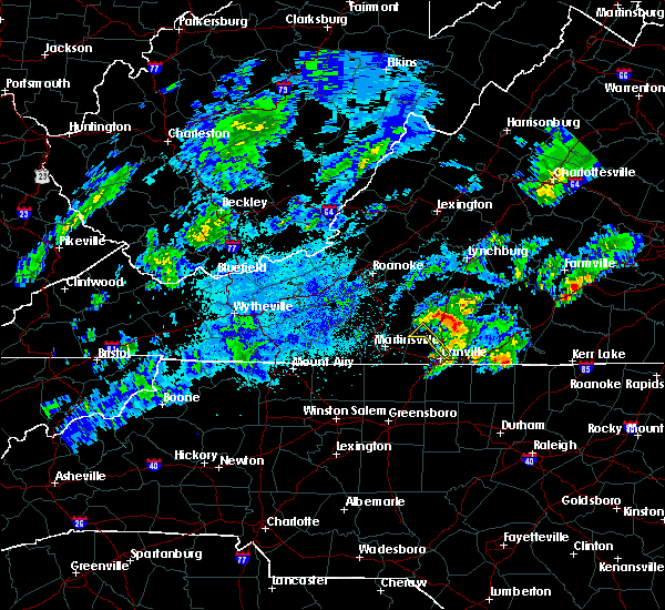 Radar Image for Severe Thunderstorms near Blairs, VA at 9/12/2015 4:14 AM EDT