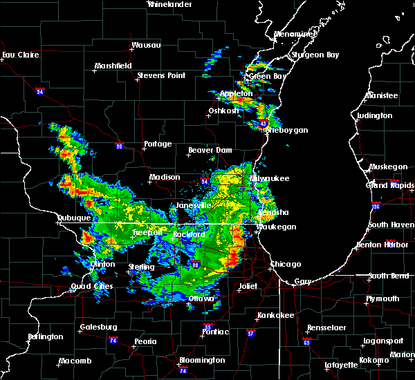 Radar Image for Severe Thunderstorms near Mineral Point, WI at 9/17/2015 4:23 PM CDT
