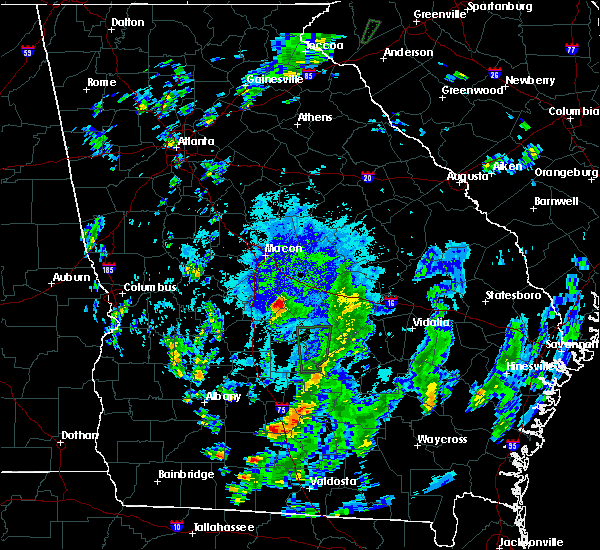 Radar Image for Severe Thunderstorms near Robins AFB, GA at 10/1/2015 8:22 PM EDT