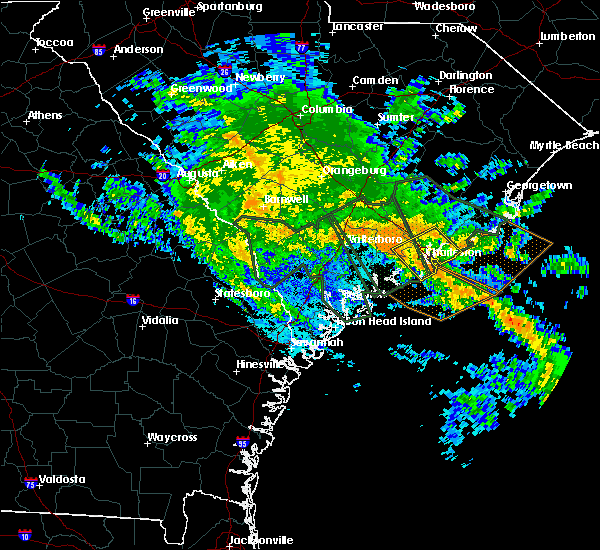 Radar Image for Severe Thunderstorms near Kiawah Island, SC at 10/3/2015 8:58 PM EDT