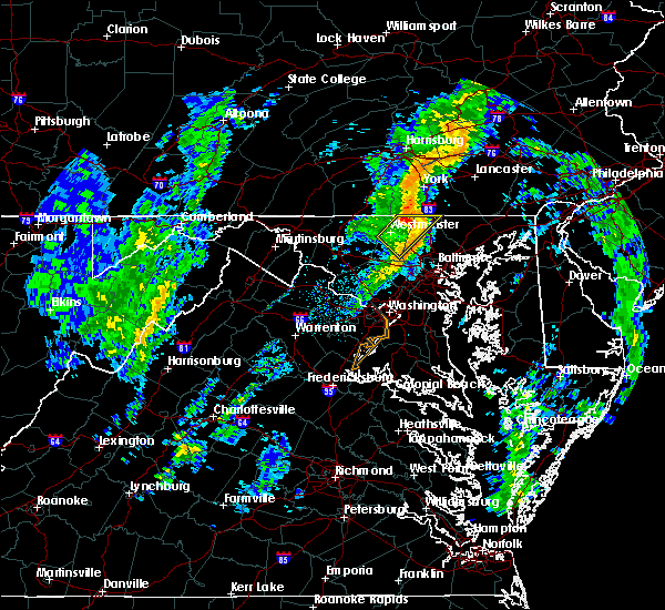 Radar Image for Severe Thunderstorms near Brickerville, PA at 10/28/2015 8:57 PM EDT