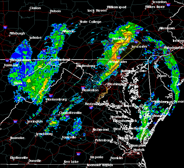 Radar Image for Severe Thunderstorms near Westminster, MD at 10/28/2015 9:03 PM EDT
