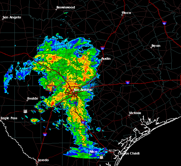 Radar Image for Severe Thunderstorms near Lakehills, TX at 10/30/2015 4:47 AM CDT
