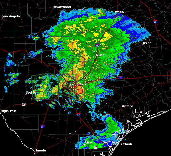 Radar Image for Severe Thunderstorms near Randolph AFB, TX at 10/30/2015 6:02 AM CDT