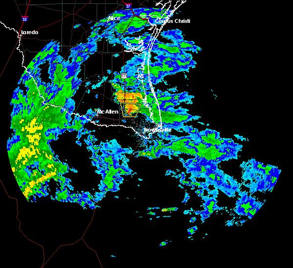 Radar Image for Severe Thunderstorms near Lyford, TX at 10/30/2015 6:21 AM CDT