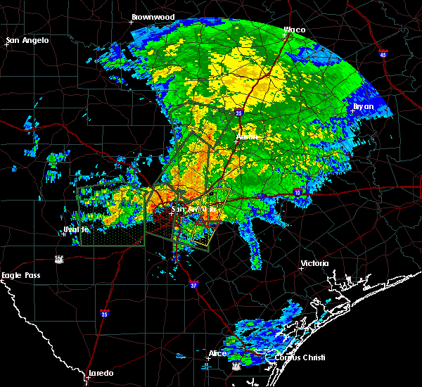 Radar Image for Severe Thunderstorms near St. Hedwig, TX at 10/30/2015 6:45 AM CDT