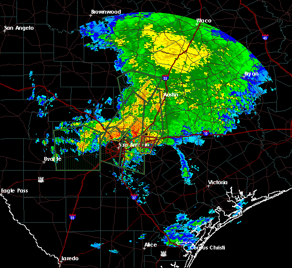 Radar Image for Severe Thunderstorms near Hollywood Park, TX at 10/30/2015 7:07 AM CDT