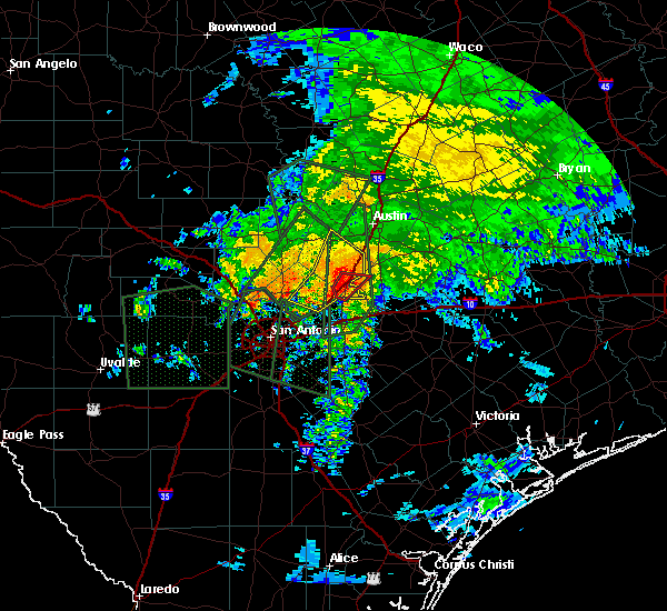 Radar Image for Severe Thunderstorms near Redwood, TX at 10/30/2015 7:58 AM CDT