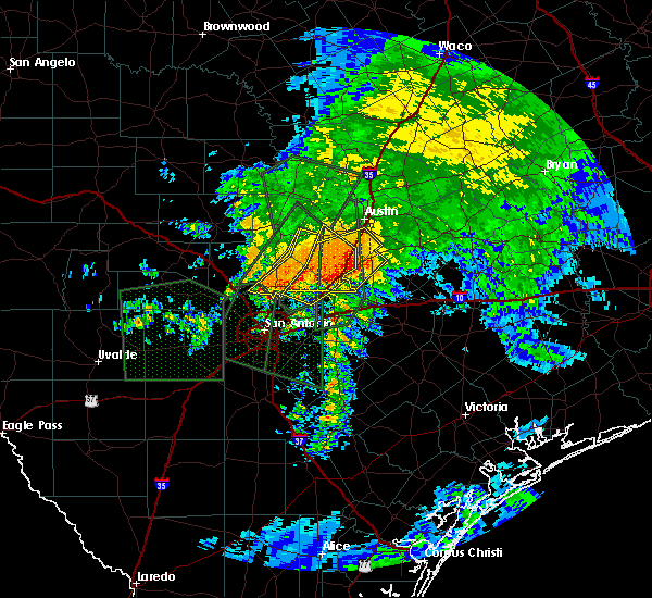 Radar Image for Severe Thunderstorms near Hays, TX at 10/30/2015 8:26 AM CDT