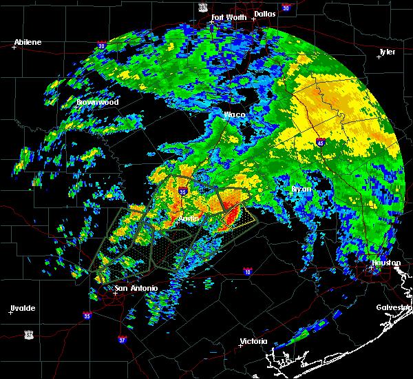 Radar Image for Severe Thunderstorms near Lexington, TX at 10/30/2015 12:08 PM CDT