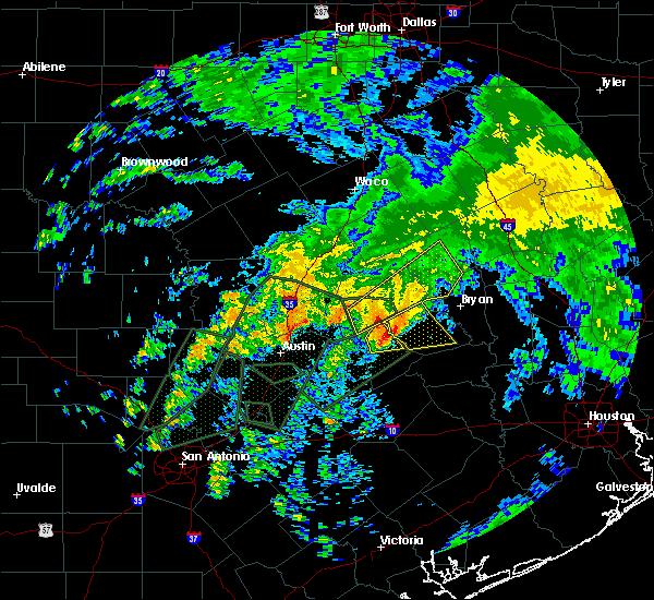 Radar Image for Severe Thunderstorms near Lexington, TX at 10/30/2015 12:34 PM CDT