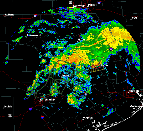 Radar Image for Severe Thunderstorms near Lake Bryan, TX at 10/30/2015 1:29 PM CDT