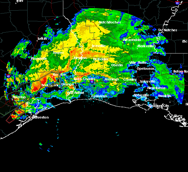 Radar Image for Severe Thunderstorms near Beaumont, TX at 10/31/2015 4:59 AM CDT