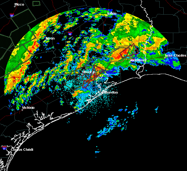 Radar Image for Severe Thunderstorms near Pasadena, TX at 10/31/2015 5:38 AM CDT