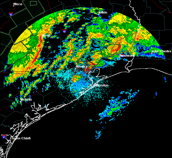 Radar Image for Severe Thunderstorms near Barrett, TX at 10/31/2015 6:05 AM CDT