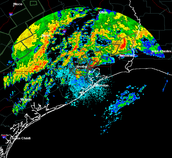 Radar Image for Severe Thunderstorms near Old River-Winfree, TX at 10/31/2015 6:18 AM CDT
