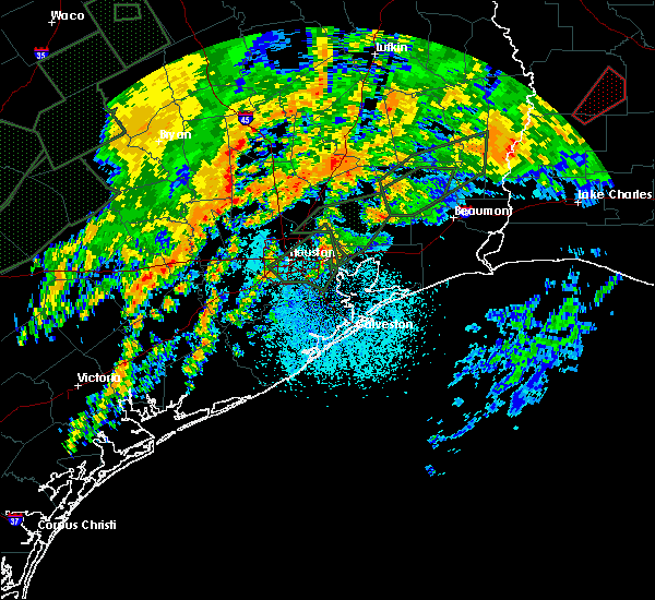 Radar Image for Severe Thunderstorms near Channelview, TX at 10/31/2015 6:58 AM CDT