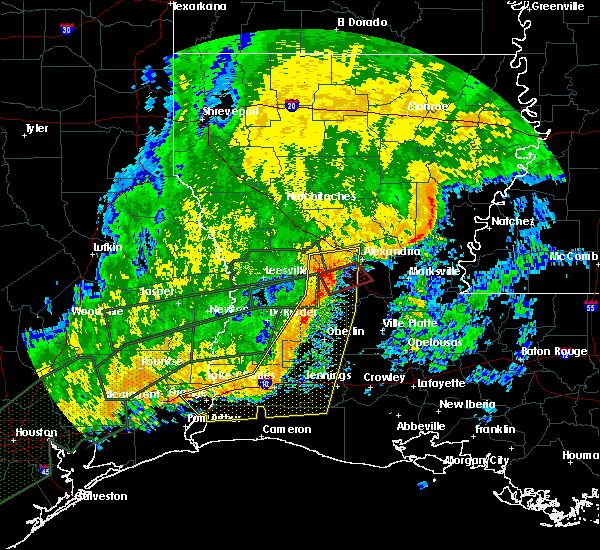 Radar Image for Severe Thunderstorms near Woodworth, LA at 10/31/2015 10:33 AM CDT
