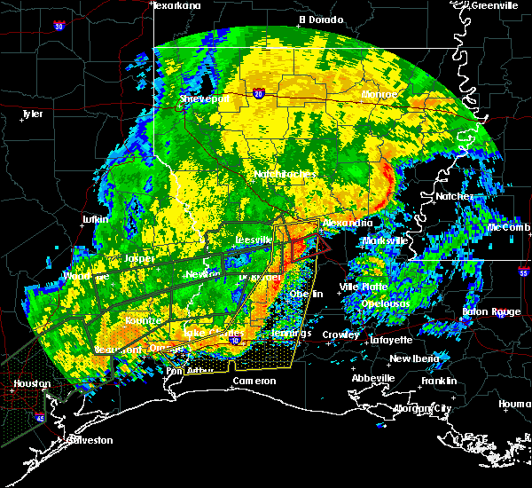 Radar Image for Severe Thunderstorms near Woodworth, LA at 10/31/2015 10:41 AM CDT