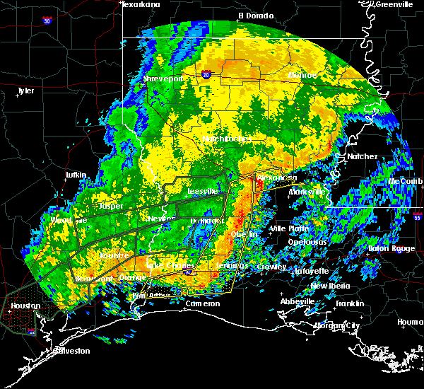 Radar Image for Severe Thunderstorms near Ball, LA at 10/31/2015 10:57 AM CDT