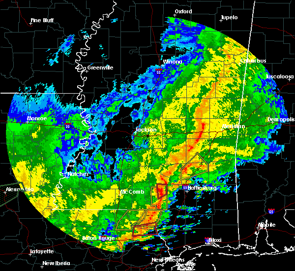 Radar Image for Severe Thunderstorms near Columbia, MS at 10/31/2015 3:45 PM CDT