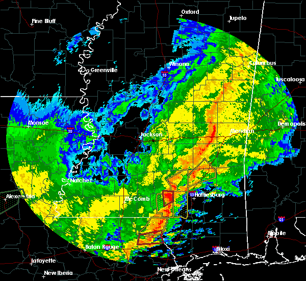 Radar Image for Severe Thunderstorms near Sandersville, MS at 10/31/2015 3:52 PM CDT