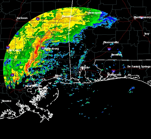 Radar Image for Severe Thunderstorms near Arnold Line, MS at 10/31/2015 4:10 PM CDT