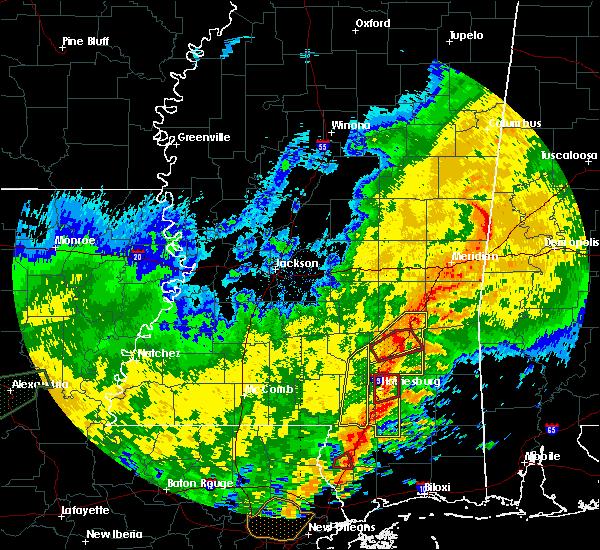 Radar Image for Severe Thunderstorms near Ellisville, MS at 10/31/2015 4:38 PM CDT