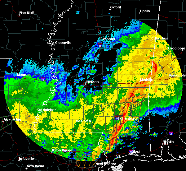 Radar Image for Severe Thunderstorms near Sandersville, MS at 10/31/2015 4:50 PM CDT