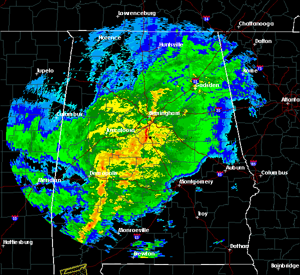 Radar Image for Severe Thunderstorms near Yellow Bluff, AL at 10/31/2015 7:36 PM CDT