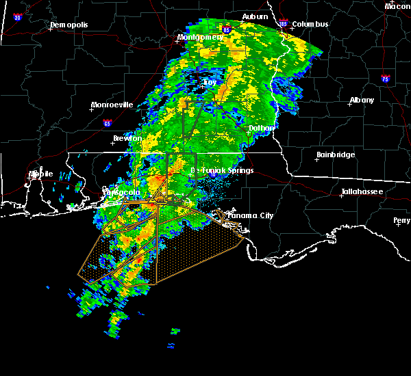 Radar Image for Severe Thunderstorms near Niceville, FL at 11/2/2015 5:26 AM CST