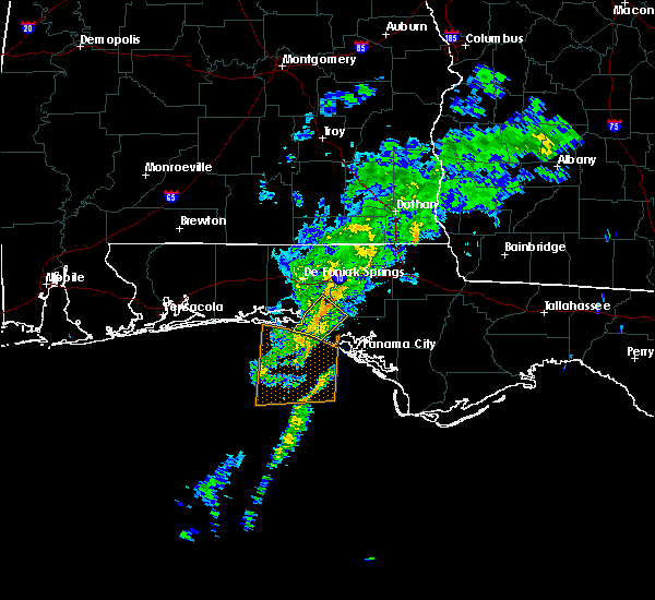 Radar Image for Severe Thunderstorms near Laguna Beach, FL at 11/2/2015 10:00 AM CST