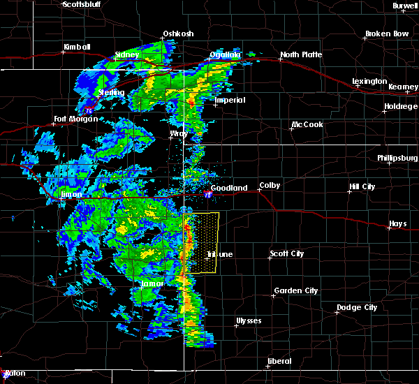 Radar Image for Severe Thunderstorms near Horace, KS at 11/4/2015 6:26 PM MST