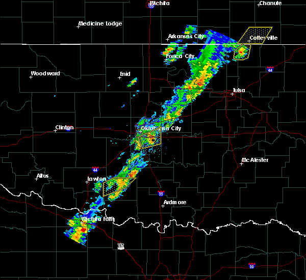 Radar Image for Severe Thunderstorms near Prague, OK at 11/5/2015 12:29 PM CST