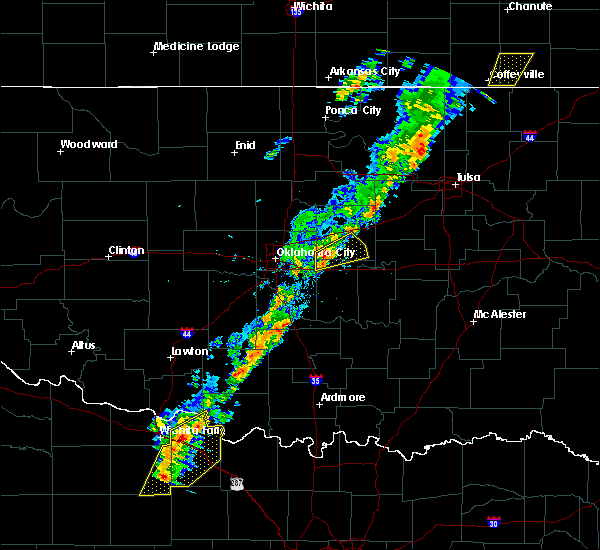 Radar Image for Severe Thunderstorms near Prague, OK at 11/5/2015 12:44 PM CST