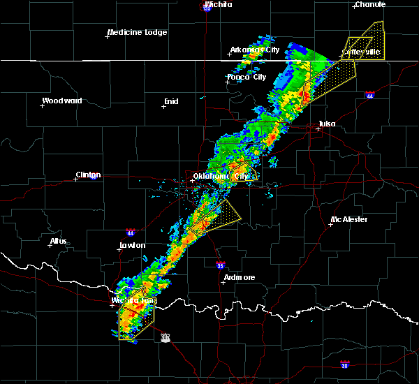 Radar Image for Severe Thunderstorms near Prague, OK at 11/5/2015 12:56 PM CST