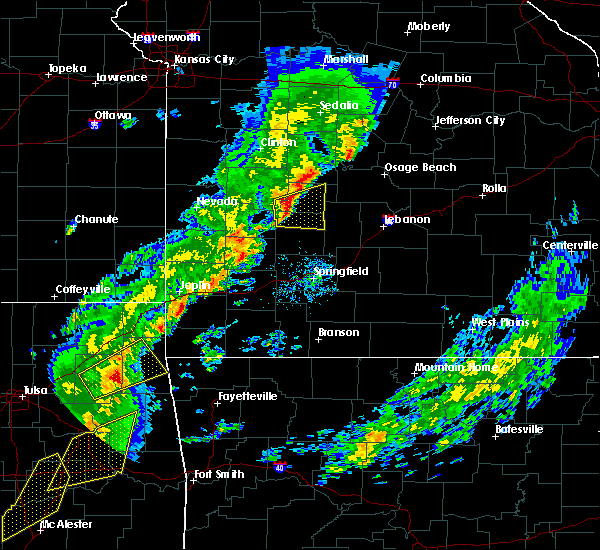 Radar Image for Severe Thunderstorms near Humansville, MO at 11/5/2015 3:59 PM CST