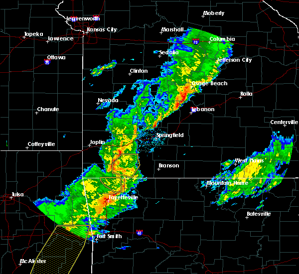 Radar Image for Severe Thunderstorms near Prairie Creek, AR at 11/5/2015 5:25 PM CST