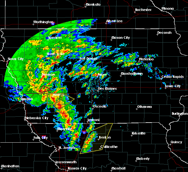 Radar Image for Severe Thunderstorms near Massena, IA at 11/11/2015 2:05 PM CST